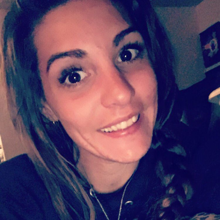 Amelia from Missoula   Woman   22 years old