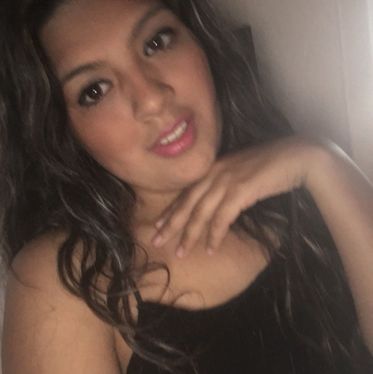 Camilla from Rockford   Woman   29 years old