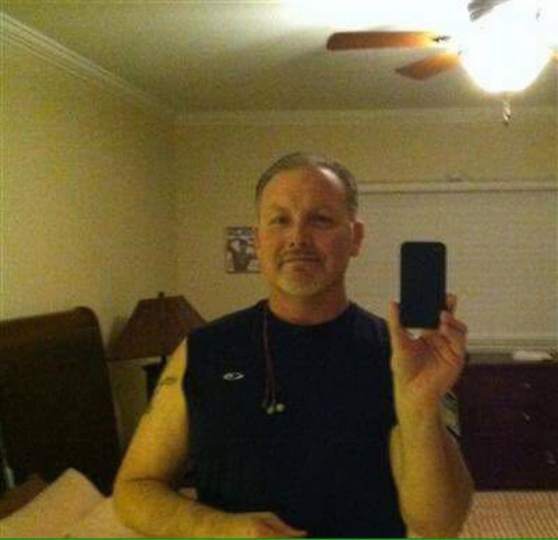Logan from Berea   Man   57 years old